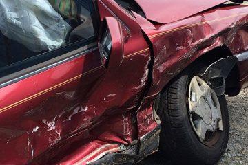 """נאשם גרם לתאונת דרכים עם נפגעים וביהמ""""ש מזכה אותו בשל טענת העדר שליטה תוך כדי נהיגה"""