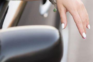 17/9/14תיקון כתב אישום וענישה מקלה לנהגת שלא צייתה להוראות שוטר