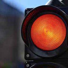 מעבר באור אדום: עורך דין תעבורה